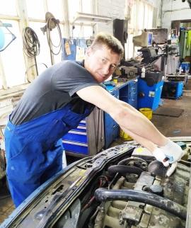 Петр - Моторист высшего класса автосервиса JS-Service