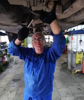 Юрий Геннадьевич - автомеханик 6-го разряда JS-Service