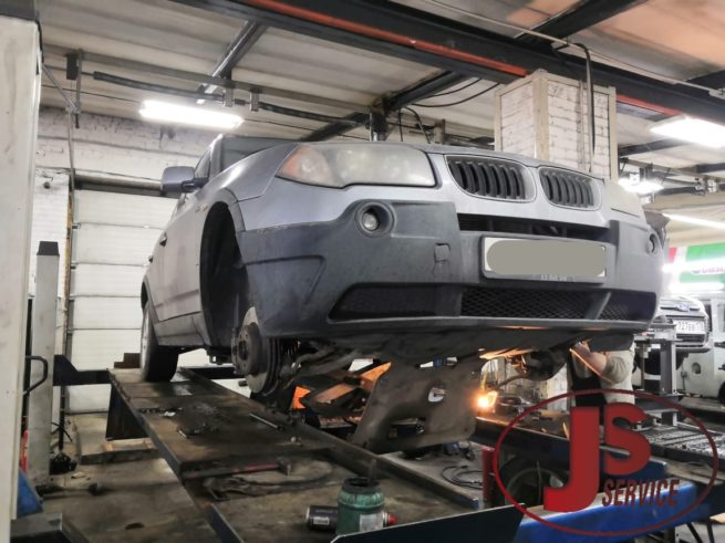 Замена передних приводов, полуосей BMW X3